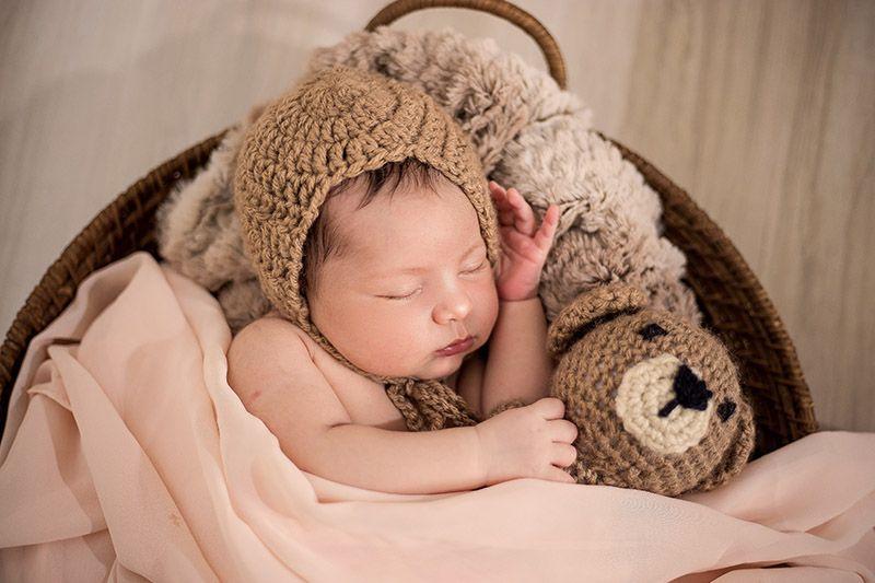 Bebis-med-babyfilt