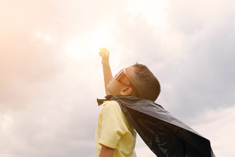 Så uppfostrar du starka barn som aldrig ger upp